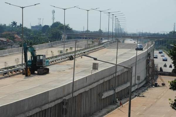 Jalan Penghubung Pintu Tol Pekanbaru - Dumai Tinggal 50 Meter