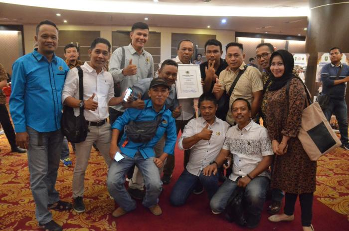 PWI Riau Berikan Penghargaan Terbaik 2019 Untuk PWI Dumai