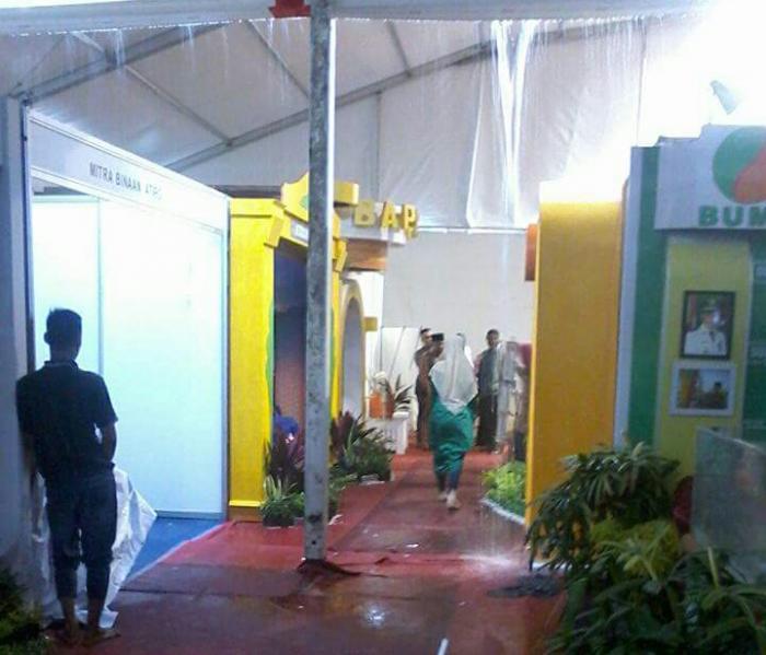 Penyelenggara Lepas Tanggungjawab, Stand Utama Dumai Expo Banjir
