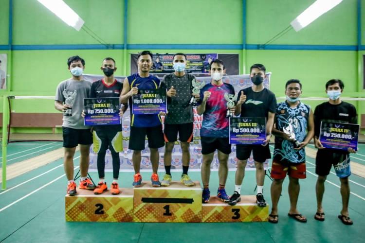 Jalin Silaturahmi 234 SC Se Riau Melalui Turnamen Badminton